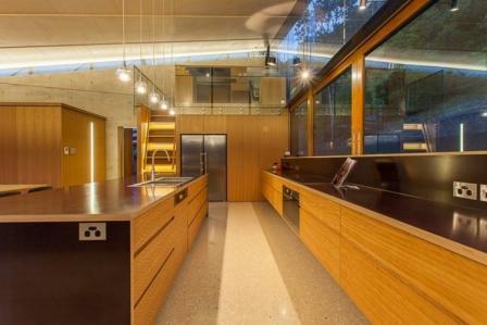 اجاره آپارتمان مبله به خارجی در الهیه  آقابزرگی 90 متر
