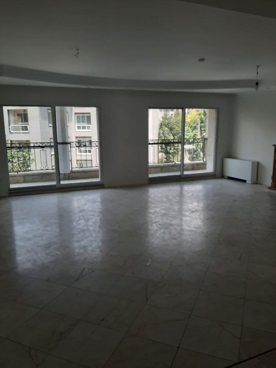 رهن آپارتمان در تهران زعفرانیه 205 متر 3 خوابه